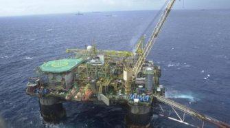 Produção de Petróleo_imagem Agência Brasil
