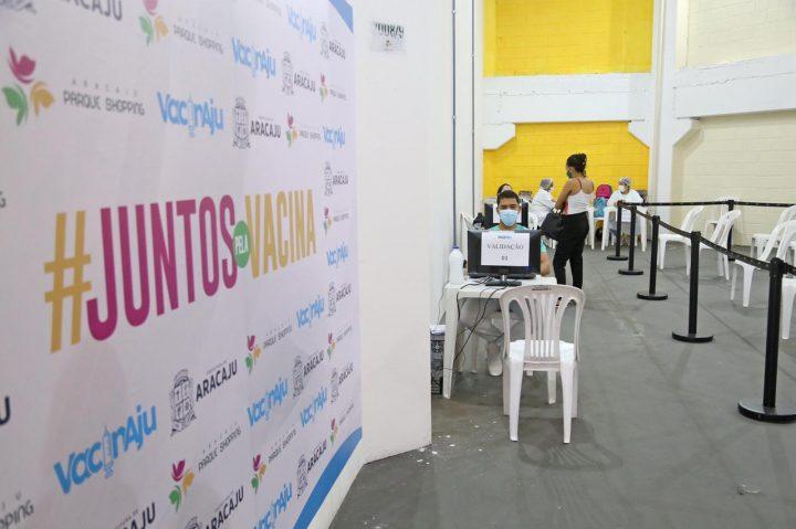 Aracaju tem novo calendário de vacinação com população de 29 a 31 anos