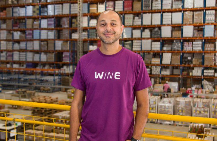Wine une experiência em lojas físicas com estratégia de relacionamento